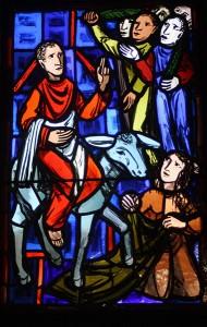 Kirchenfenster der Wolfbuschkirche